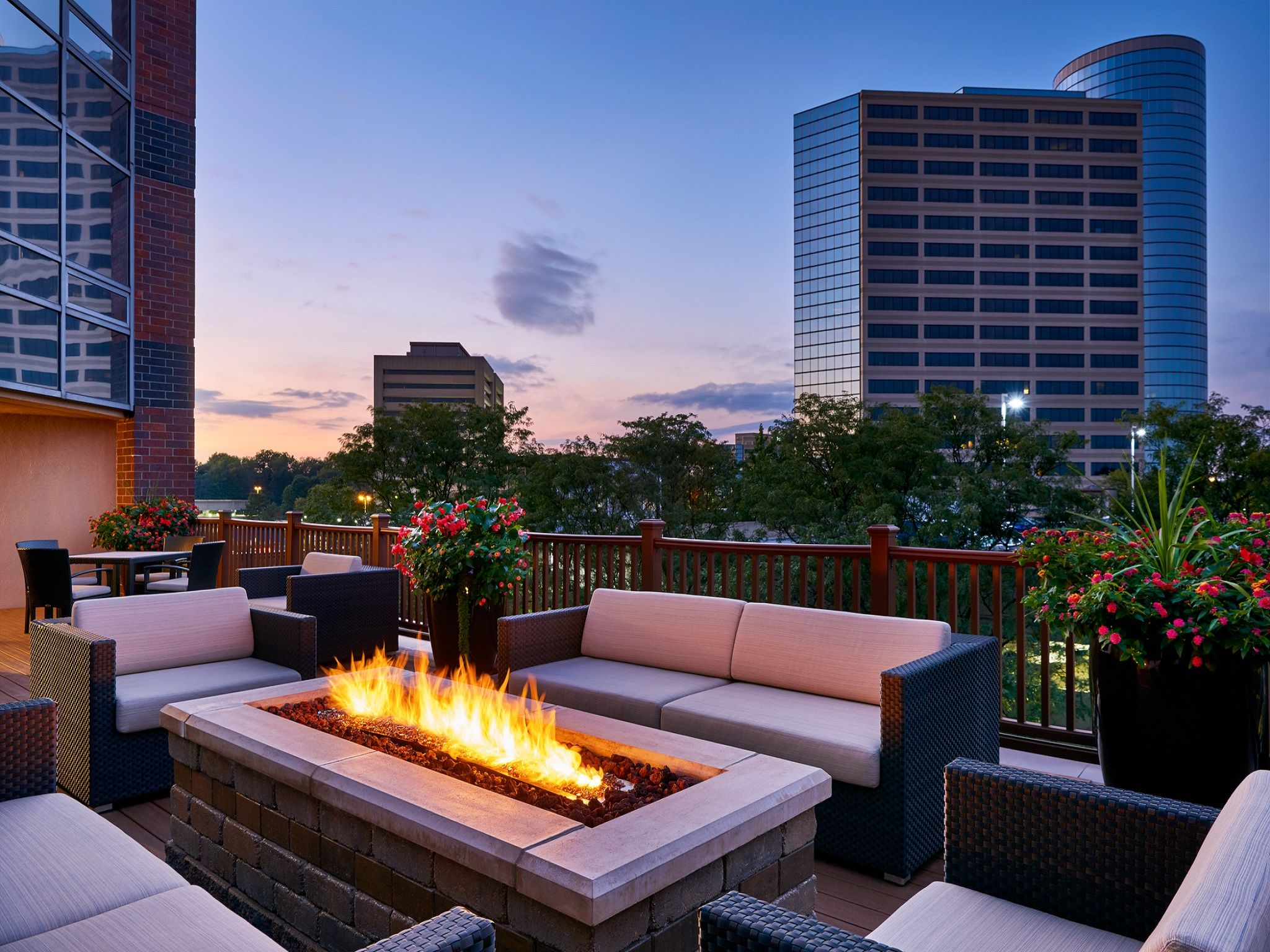 Event Space Indianapolis | Outdoor Indianapolis Meeting Space